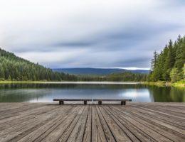 sunrise-over-Mt-Hood-at-Trillium-Lake-cm